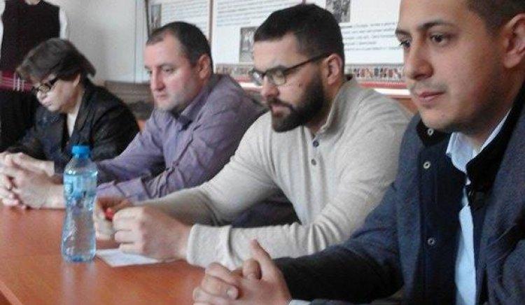 Стоян Мирчев разговаря със социалистите от общините Кайнарджа и Главиница